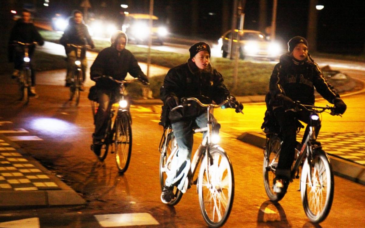 Stad deelde fietsverlichting uit - Stad Brugge