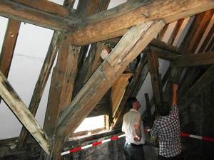 Vlamingstraat 98 interieur - fraaie dakkap voor restauratie (bestaande teostand)